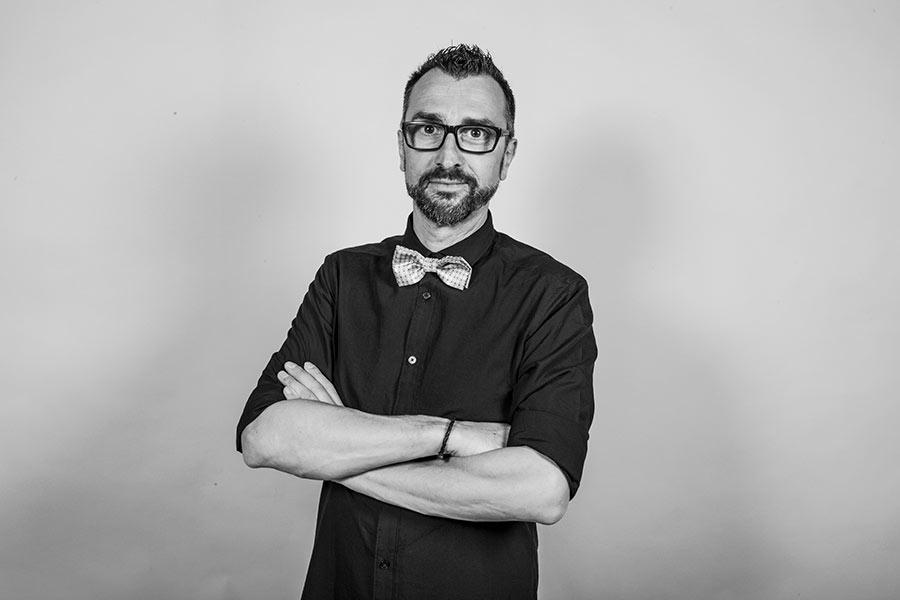 Gian Luigi Pasqualini Professional Wedding Photographer - Portrait Photographer - Exclusive Wedding - Tourist Photography