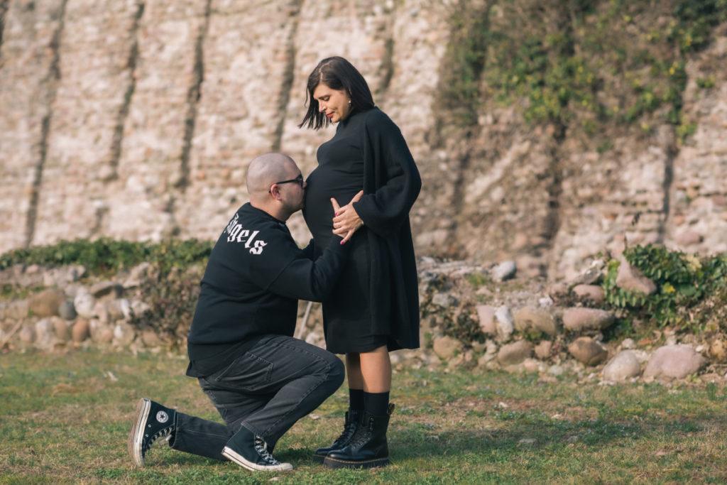 Servizi Fotografici in gravidanza e maternità a Borghetto di Valeggio sul Mincio, Verona e Lago di Garda