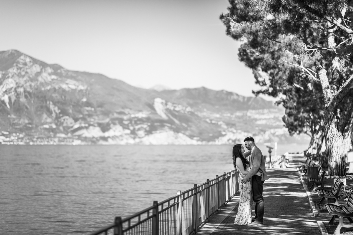 Couple in love on the shores of Lake Garda