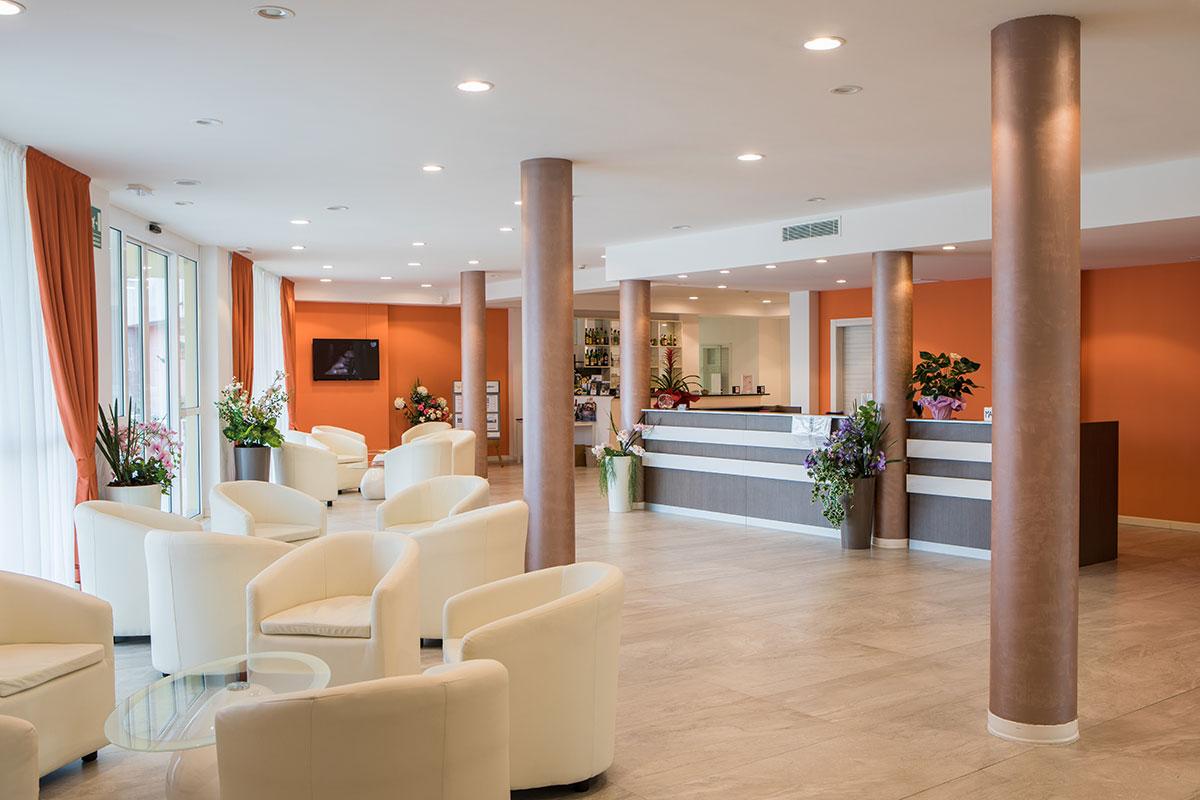 Fotografo di hotels e ristoranti. Fotografo di hotel, servizi fotografici per hotel e ristoranti e strutture turistiche. Verona