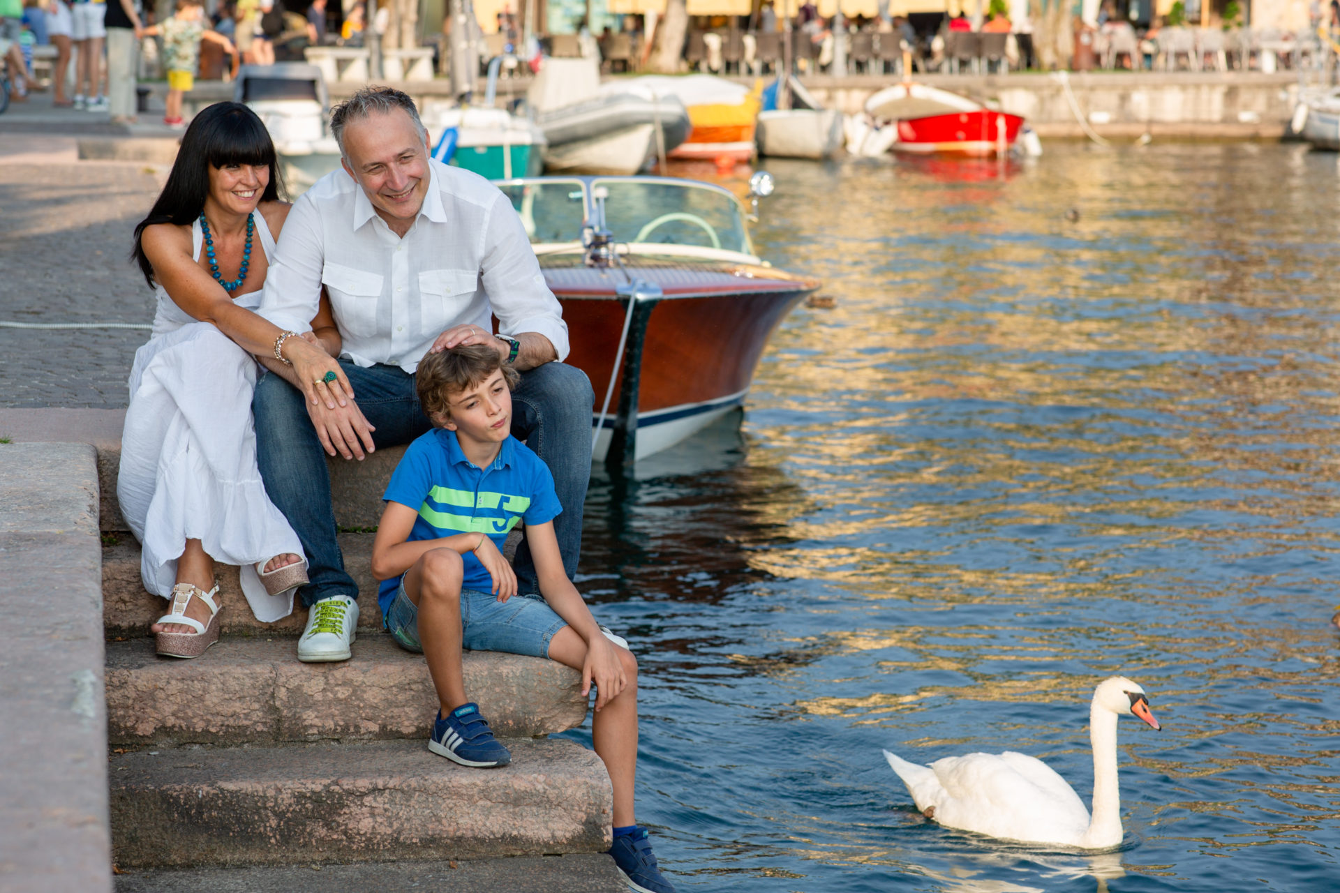 Servizi fotografici per ritratti e famiglia - Family Photos at Lake Garda with the Local Photographer