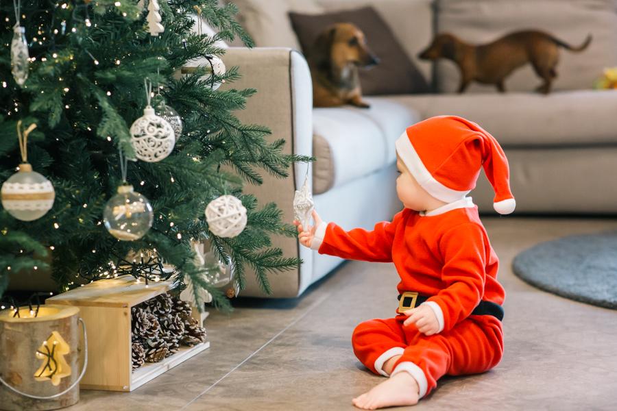 Specializzato in ritratti di Famiglia, Foto Natalizie, Bambino, Ritratti Di Natale, Sessioni Fotografiche Di Natale, Fotografia di coppia e famiglia
