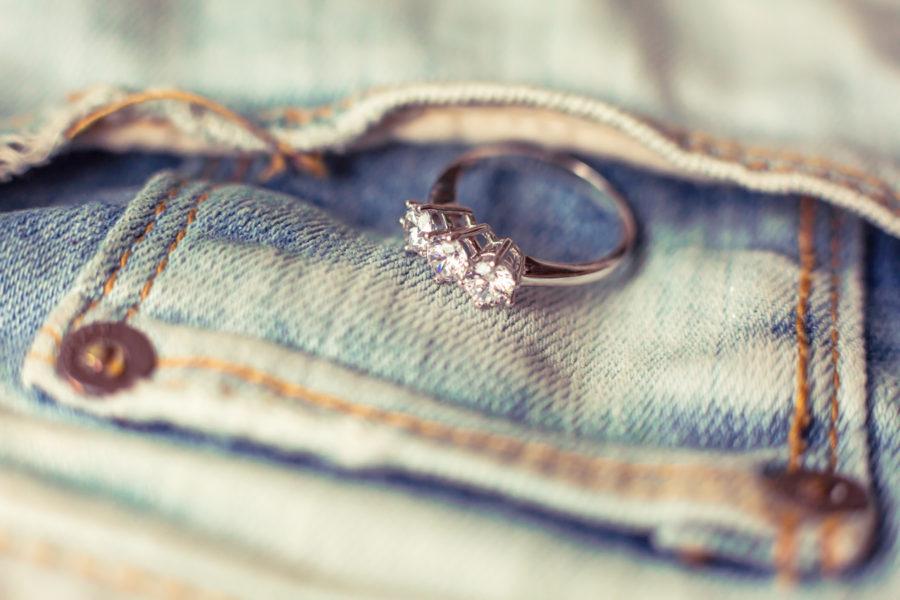 Anello di fidanzamento fede nuziale, foto e video reportage di matrimonio fidanzamento ritratti fotografo sposi nozze cerimonie eventi wedding